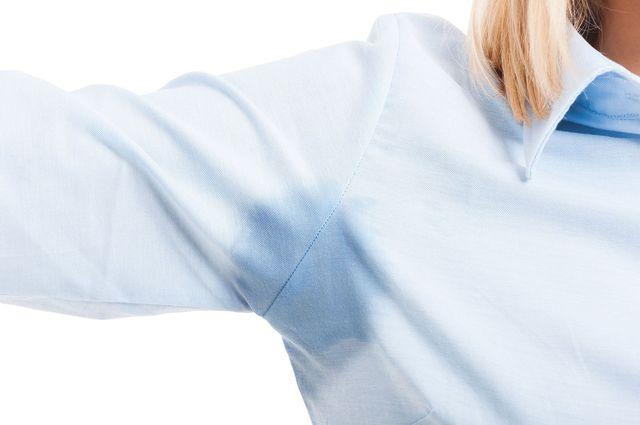 Як вивести плями з одягу  корисні поради 17f9e04ae4feb
